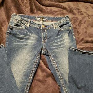 Ariya Jean's
